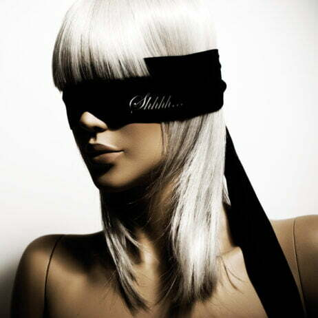 bijoux-blindfold-satin-ögonbindel